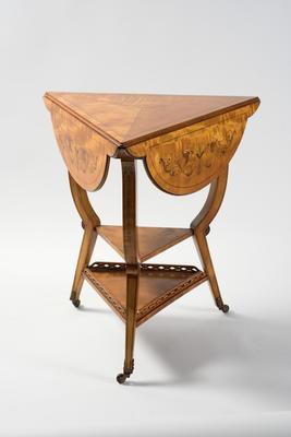 Dropside table