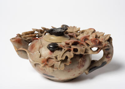 Teapot with Leaves and Berries